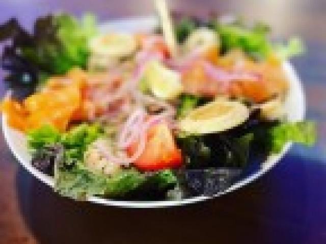 L'Authentic Salade de la mer